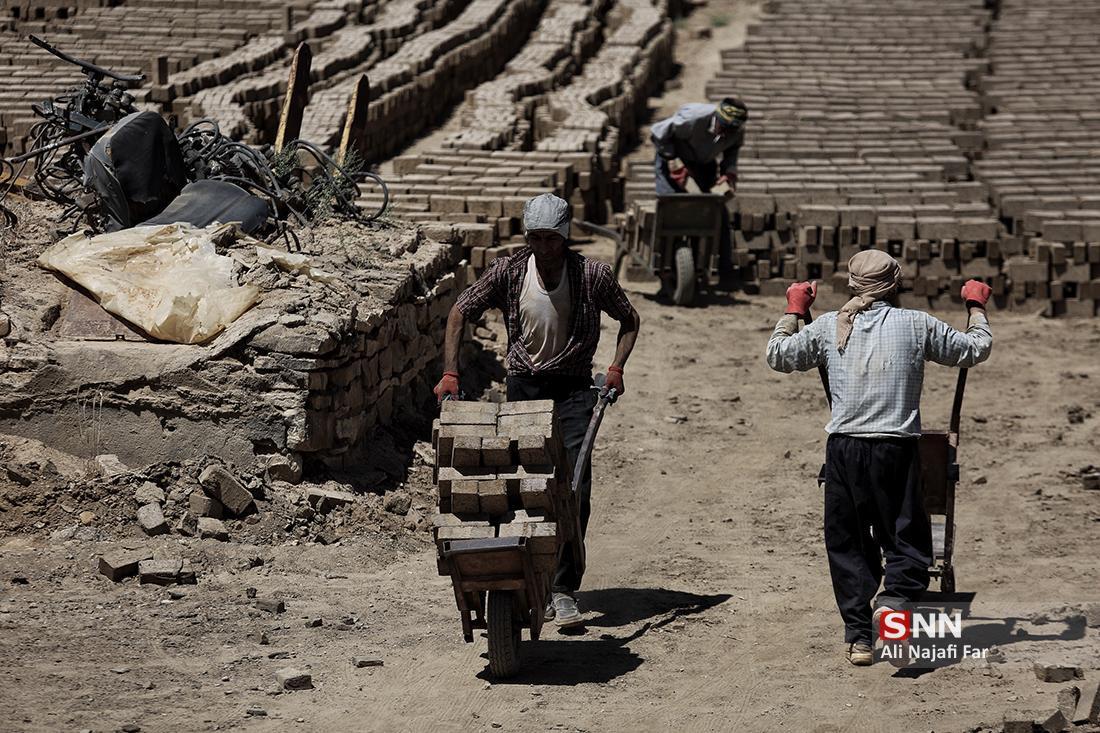 زخم شورای کار بر پیکر خانواده 44 میلیونی کارگری ، رزاقی: ساختار شورای عالی کار معلول سیاست های وارداتی دولت است