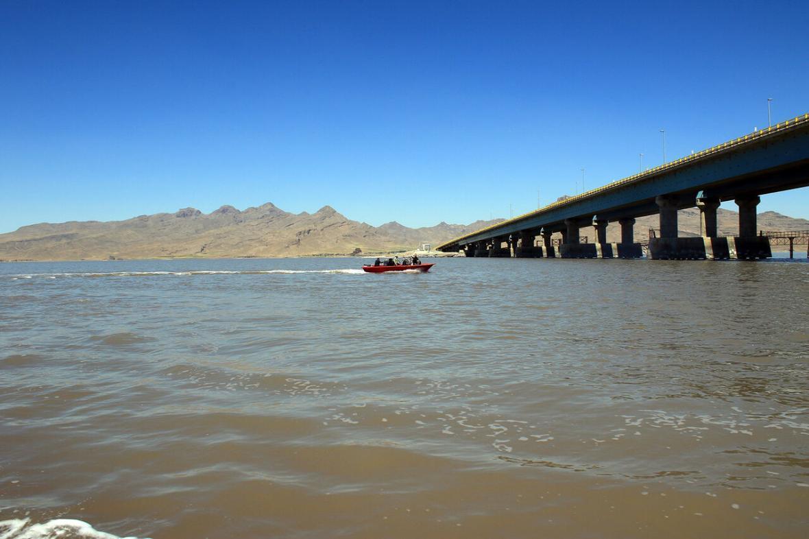 خبرنگاران تراز دریاچه ارومیه 10سانتی متر کاهش یافت
