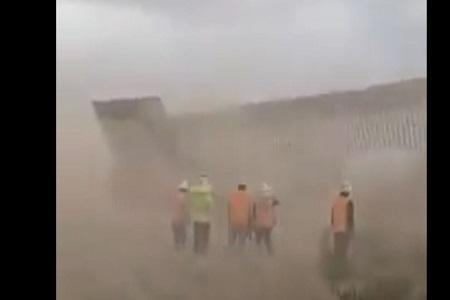 طوفان هانا دیوار مرزی ترامپ را آوار کرد