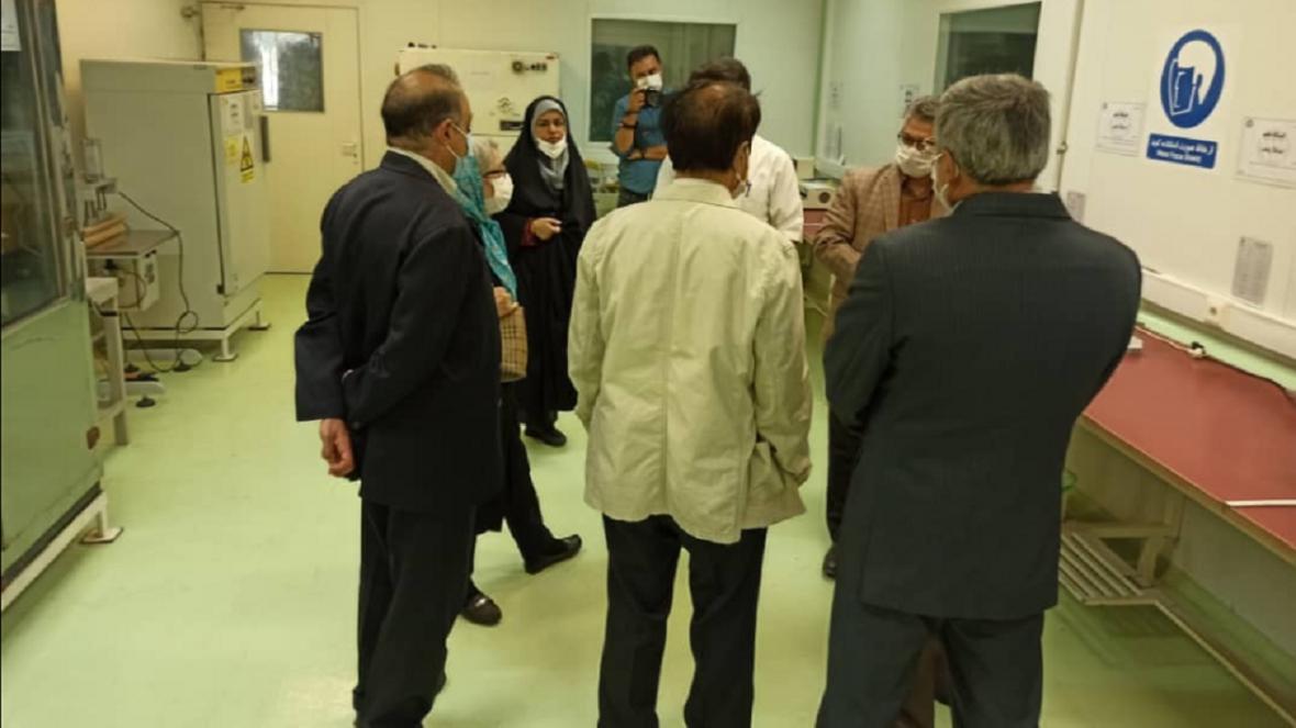 بازدید اعضای هیئت علمی شبکه بیماری های ویروسی از مرکز پدافند زیستی