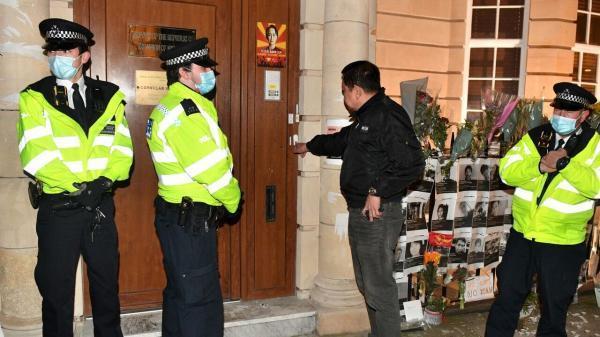 سفیر میانمار در لندن برکنار شد