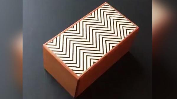 جعبه چوبی اسرار آمیز
