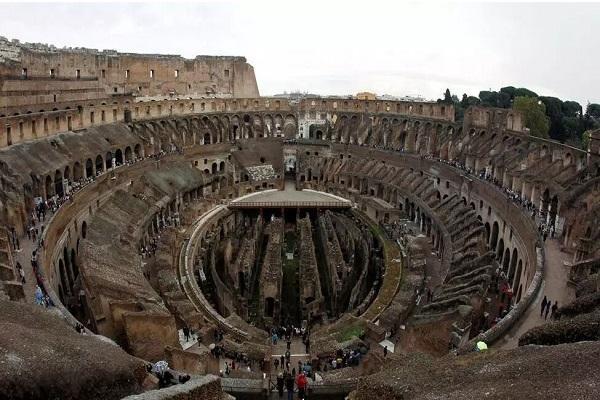 بازسازی کف بزرگترین تماشاخانه امپراتوری رم