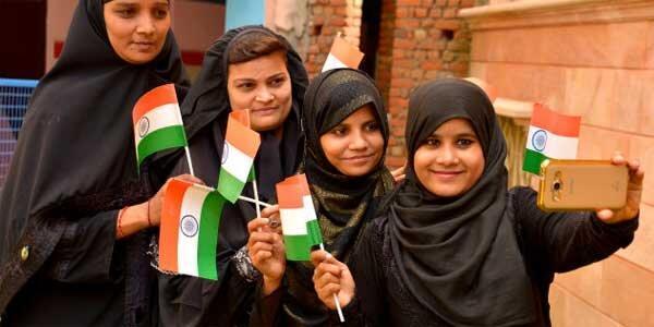 زنان مسلمان هندی در حراجی آنلاین به فروش گذاشته شدند!
