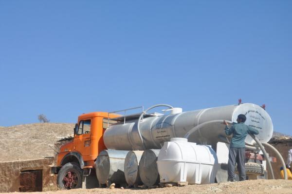 آبرسانی به عشایر فارس با 48 تانکر